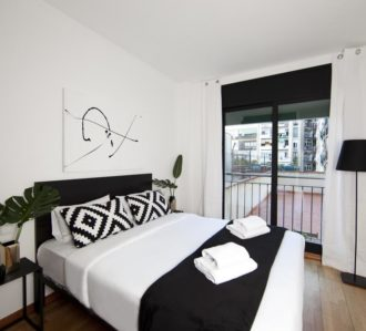 Barcelona Downtown Apartment Th