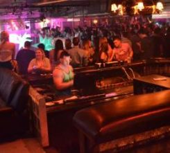 gdansk-nightclub-vip-table
