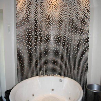 Kiev stag-house bathroom