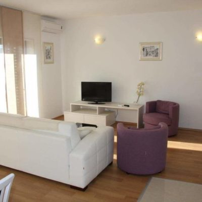 Split 3 Star Apartments